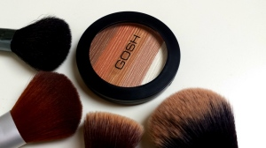 20140529_200750 Gosh Bronzing shimmer powder 001 Bronze, review
